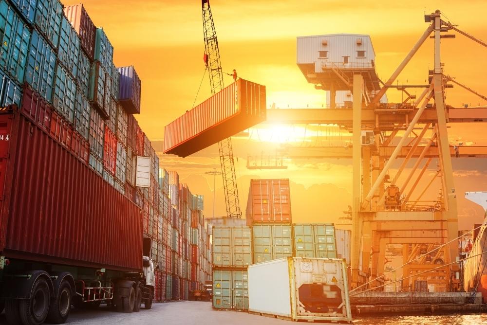 貿易業にファクタリングがおすすめの理由とは?