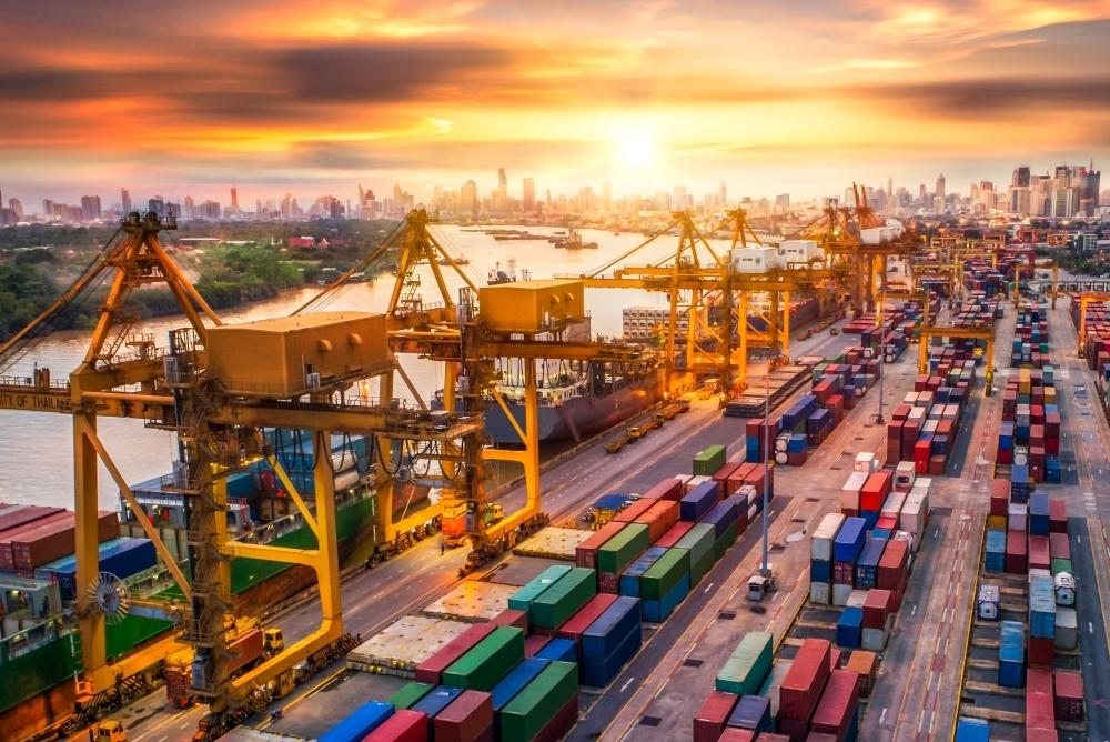 貿易業に特化したファクタリング業者をチェックする方法
