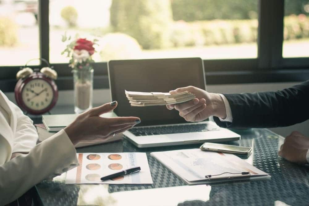 悪質な業者はファクタリングを貸金業として扱う?どういうこと?